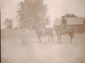 1893- Jennie Eldred and parents Samuel and Mary Jane on horseback lr